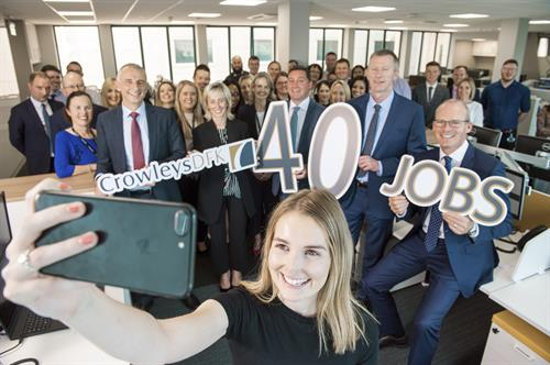1.	An Tánaiste, Simon Coveney, pictured at the Cork office of Accountancy Firm Crowleys DFK celebrating their announcement of 40 new jobs.