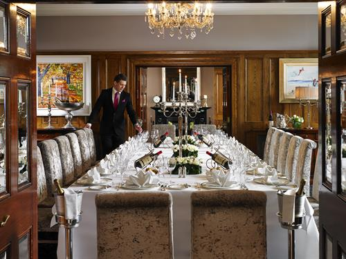 Gallery Image The_Private_Dining_Room_at_Hayfield_Manor.jpg
