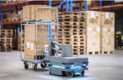 Mobile Industrial Robot MiR AMR
