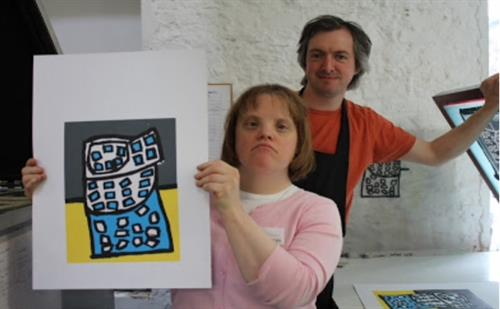 Artist Íde Ní Shuilleabháin with Studio Manager Peter McMorris
