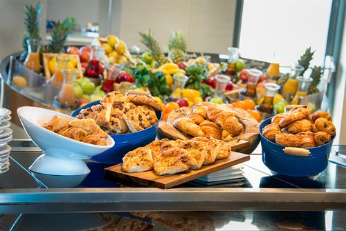 Breakfast Buffet at Cork International Hotel