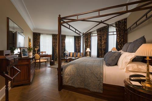Gallery Image Castlemartyr-Resort_Manor_Suite.jpg