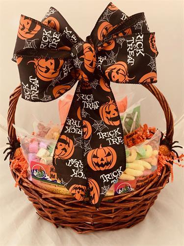Gallery Image Halloween-Basket.JPG