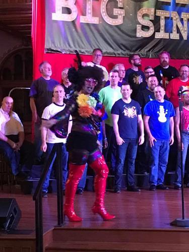 Gallery Image Big_Gay_Sing_-_Kinky_Boots.jpg