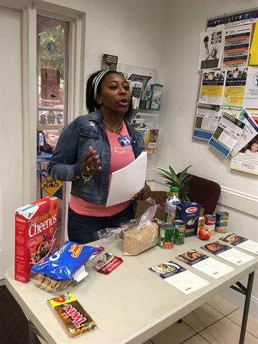 A Healthy Cooking Presentation during Food Pantry