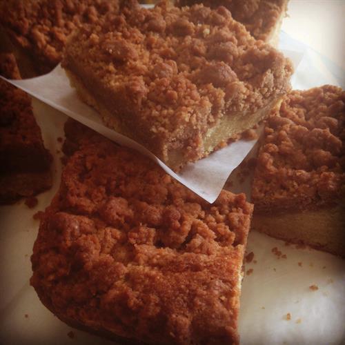 New York-Style Sour Cream Crumb Cake
