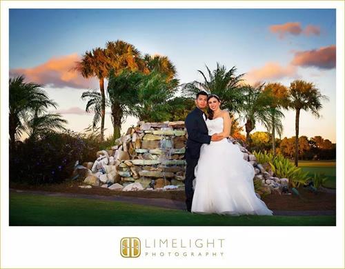 Gallery Image Wedding_fountain.JPG
