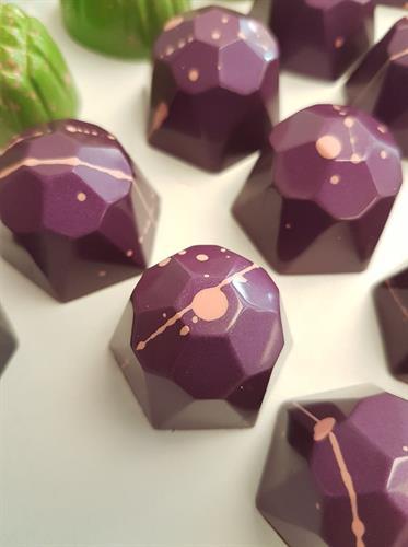 Viktoria Richards Chocolate