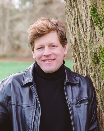 Dan Brandt, Broker