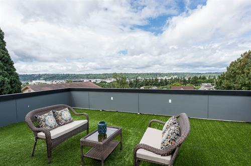 Home Staging of Seattle rooftop deck.  Photo credit:  John deGroen