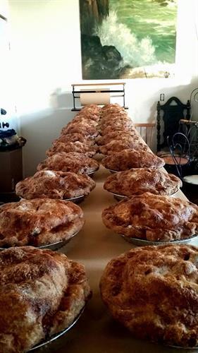 Pies, pies, pies, yeah!