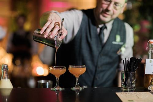 Full Bar Service