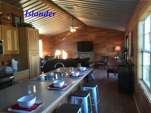 Gallery Image Islander_Living_Room.jpg