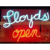 Ribbon Cutting at Lloyd's Tavern & Smokehouse
