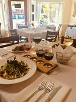 Alloro Wine Bar & Restaurant - Bandon
