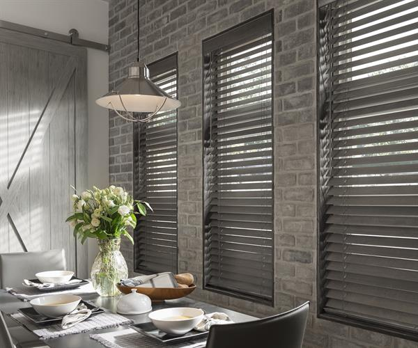 Wood/Faux Wood Blinds