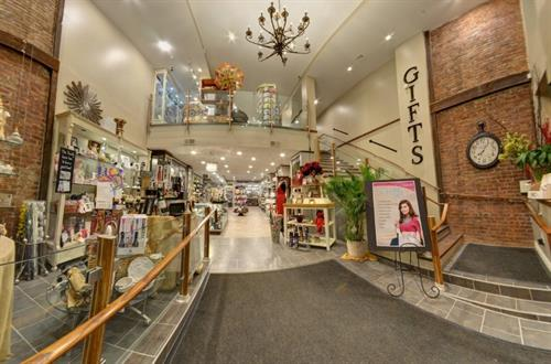 Gallery Image Buckleys_Pharmacy.jpg