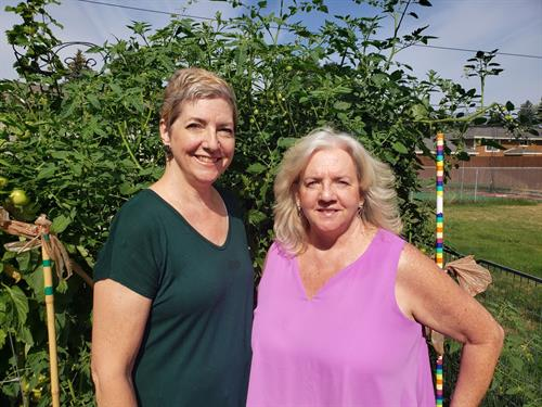 Sisters, Owners - Kelly and Shelly Stanley