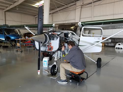 Gallery Image Kevin_working_in_the_hangar.jpg