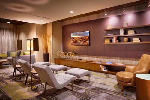 Business Center/Lounge Area
