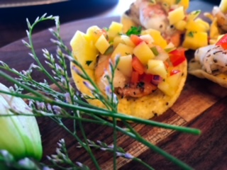 Mini tostadas with mango salsa are a clear winner for your event!