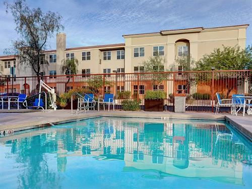 Gallery Image greentree-inn-mesa-arizona-outdoor-pool.png.jpg