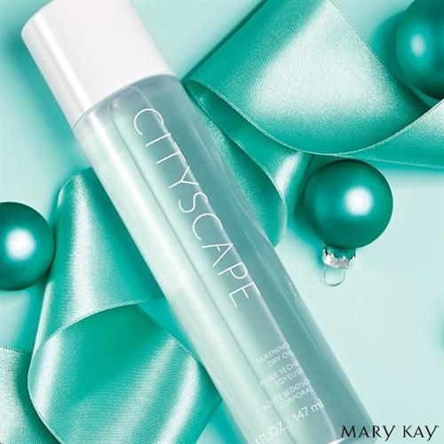 The #MaryKay scent everyone loves, now in a moisturizing body oil! The limited-edition Cityscape® Silkening Dry Oil leaves skin soft while absorbing in a flash.
