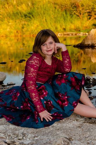Gallery Image AmberDixonChristmas2019-104c.jpg