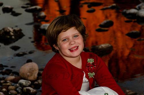 Gallery Image AmberDixonChristmas2019-133c.jpg