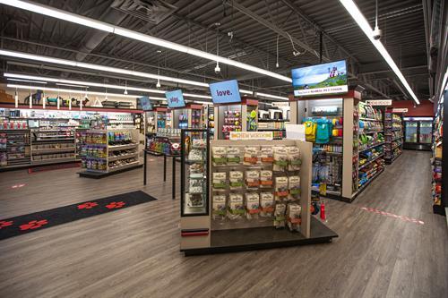 Gallery Image Global_Pet_Foods-20200610-40.jpg