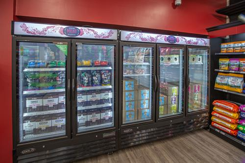 Gallery Image Global_Pet_Foods-20200610-46.jpg