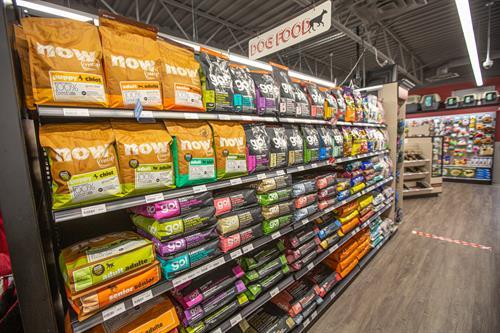 Gallery Image Global_Pet_Foods-20200610-78.jpg