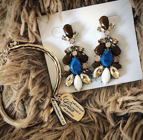 More Grace bracelet; Laurel Canyon earrings