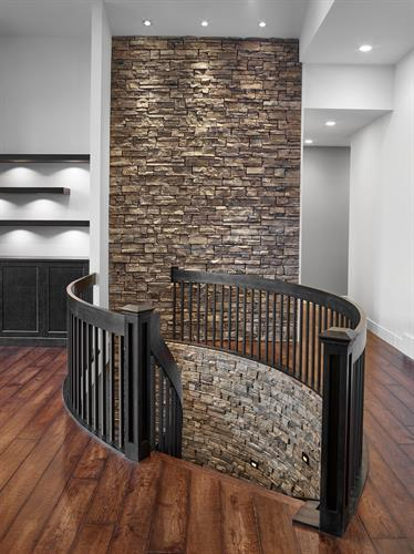 Gallery Image Stone_Staircase.jpg