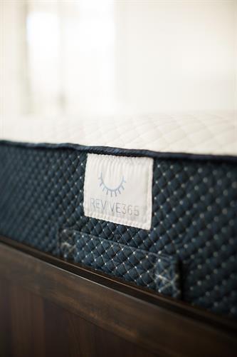 Sleep365 Revive Hybrid Mattress