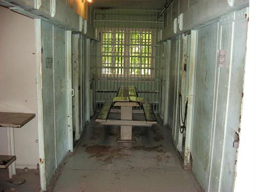 1900 Jail