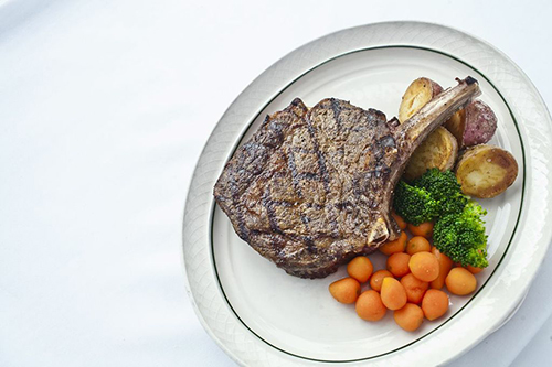 Gallery Image 1881_Hereford_Rib_Eye1_Lake_Elmo_Inn_s.jpg