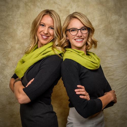 Ayla Wolf & Sophia Bouwens