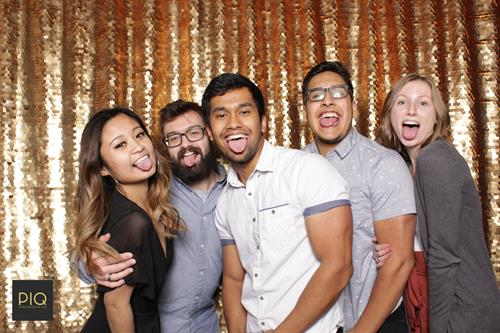 Gallery Image PIQ_Photobooth_Co.-A_Smile_To_Give-Lynnwood_WA_-7.jpg