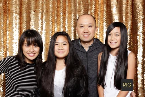 Gallery Image PIQ_Photobooth_Co.-Seattle_Photobooth-Bothell_WA.jpg