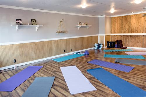 Omni Classroom & Event Space (Yoga Set Up 1)