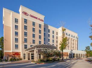 Crowne Plaza - Shenandoah - The Woodlands
