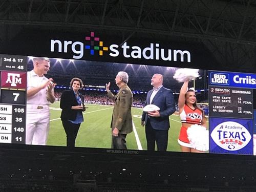 Honored to give the First Responder Award at NRG