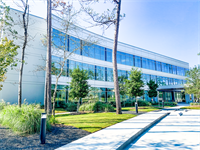 The J. Beard Real Estate Company represents Vision Park Medical in a 20,000 square-foot lease with the University of St. Thomas Nursing School.