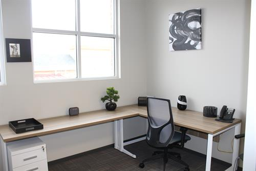 Full Sized Furnished Office