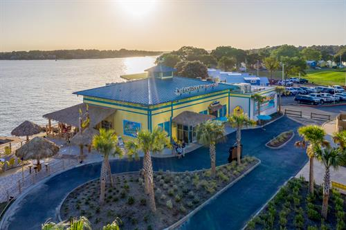 LandShark Bar & Grill at Margaritaville Lake Resort, Lake Conroe | Houston