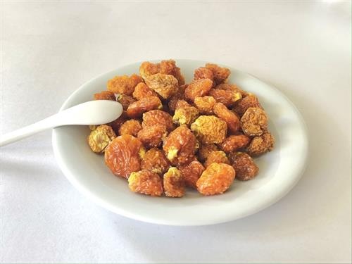 GOLDEN's Dried goldenberries in bowl