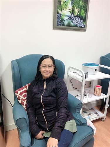 Its her first time to experience classic facial and very happy to the outcome.