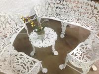 Beautiful iron patio set