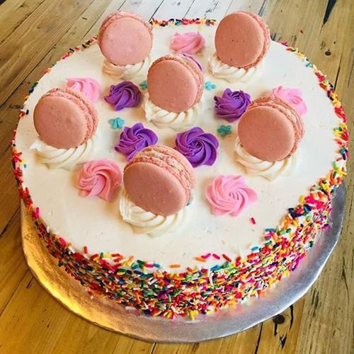 Macaron Decorated Cake